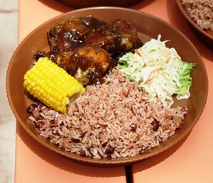 rice and peas with chicken
