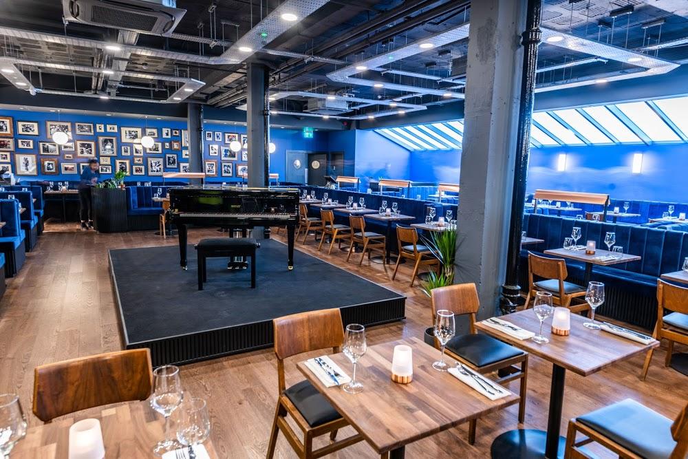 Studio 5ive Restaurant